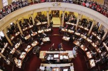 New Jersey legislature approves online gambling bill
