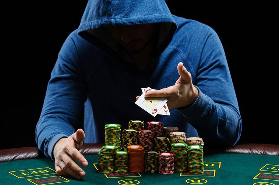 Гигант холл, казино конти