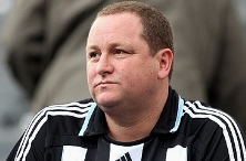 Mike Ashley loses a million pounds in gambling