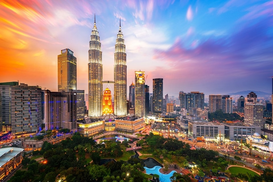Malaysian Authorities in Hot Pursuit of Syndicate behind Gambling Ads