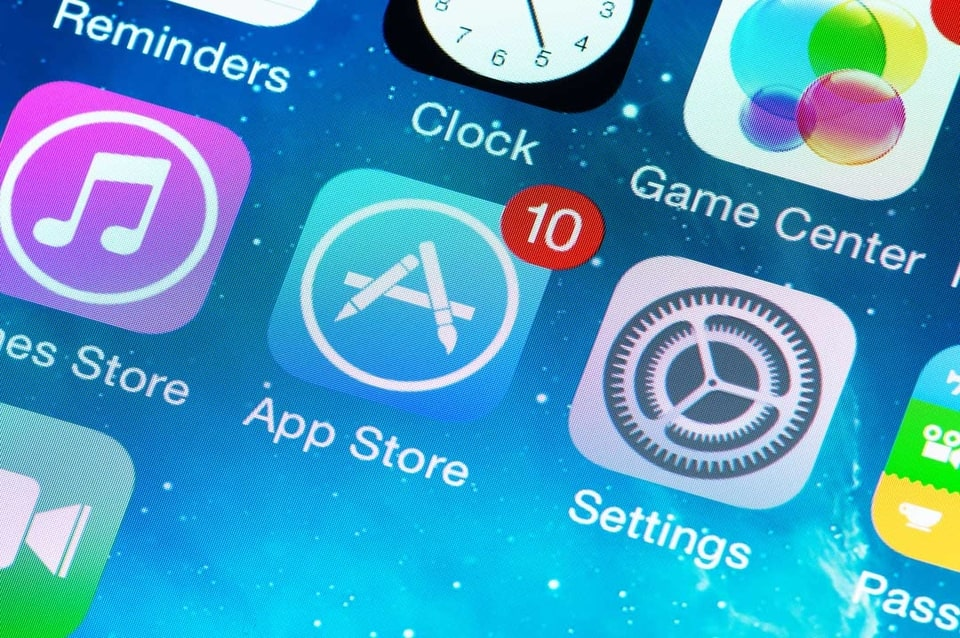 Apple Faces New Class-Action Lawsuit over Casino-Style Applications Available on Its App Store